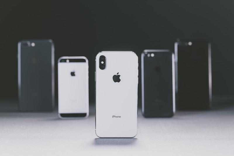 挿絵-歴代のiPhone