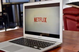使い放題と動画見放題がセットになった『データMAX 4G LTE Netflixパック』
