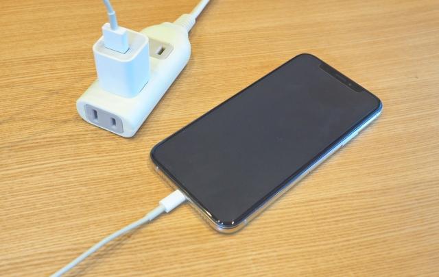 iPhone充電フリー