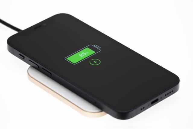 充電中のiPhone