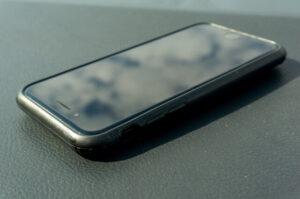 ダサいデザインのiPhone、ダサくないiPhone